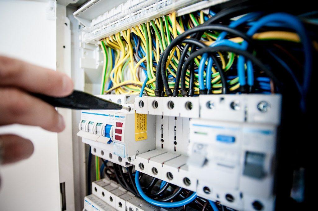 L'impianto elettrico: come accertarsi che sia a norma