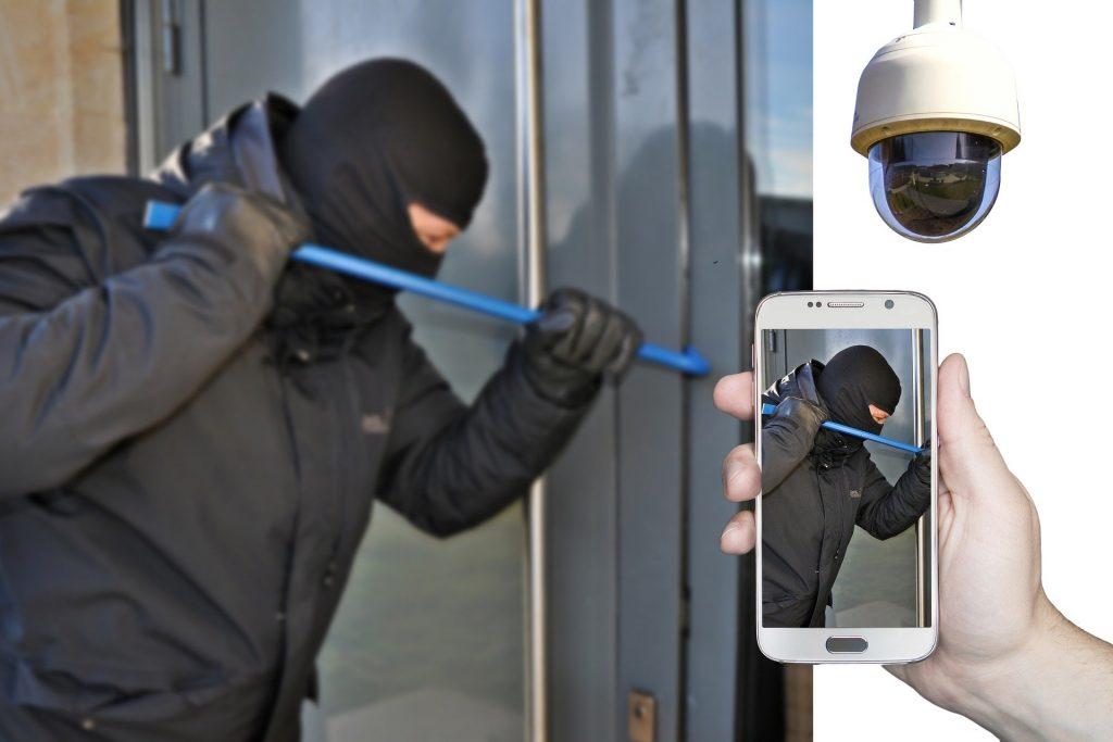 Sicurezza in casa: come funziona l'antifurto Smart
