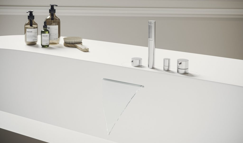 la vasca da bagno OOH! interamente realizzata in Corian