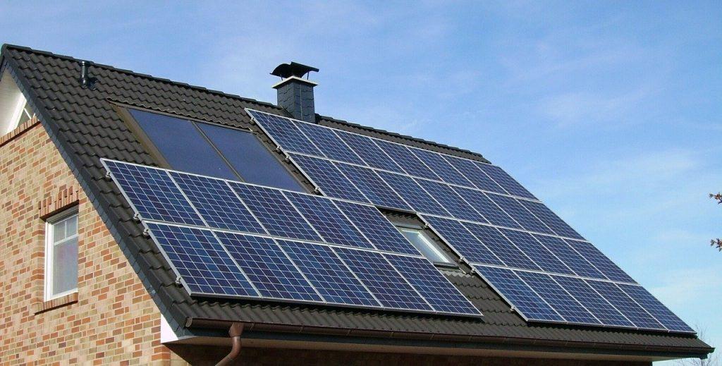 Bolletta più leggera con fotovoltaico e accumulo