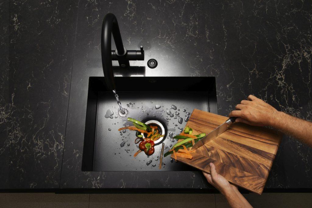Il tritarifiuti domestico che semplifica la vita in cucina