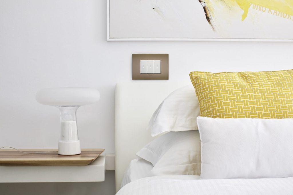 Valorizzare la casa con la placca filo muro