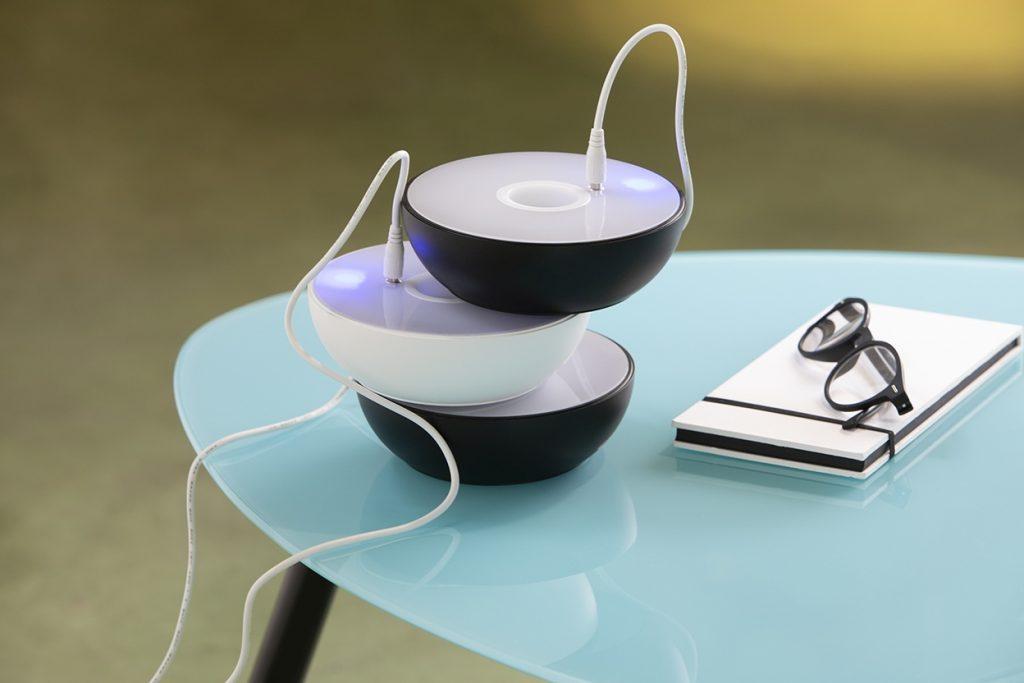 Lampada smart Float di Axolight ideale per smart working