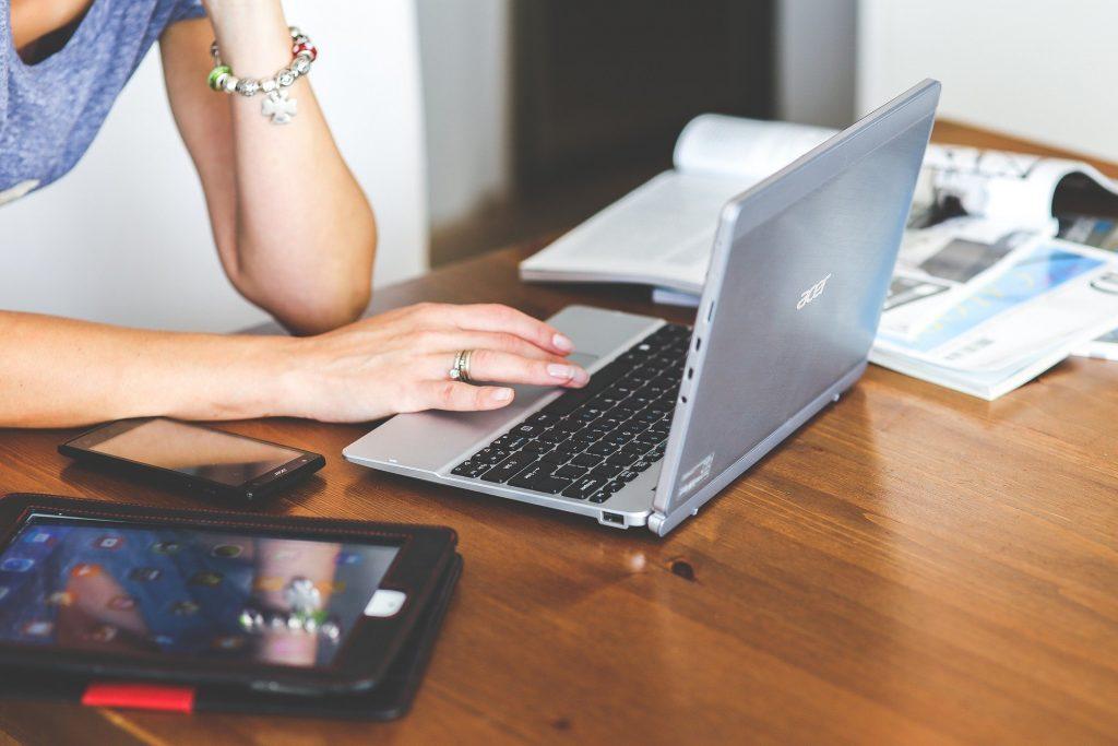 Smart Working: idee per creare uno studio in casa