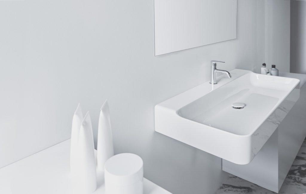 Tecnologia e sostenibilità per un ambiente bagno personalizzato