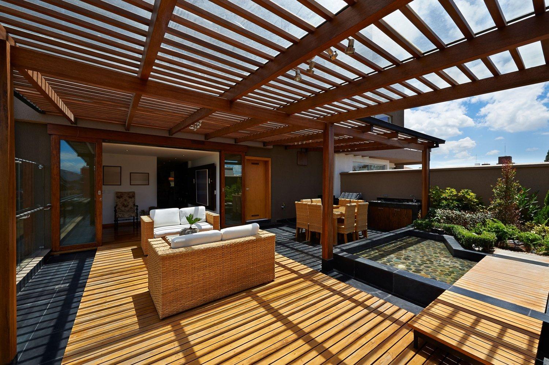 legno tropicale certificato per terrazza