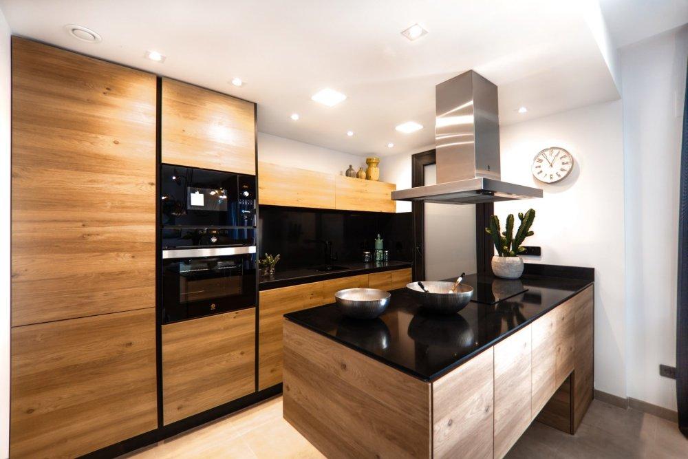 Ristrutturare la cucina con materiali sostenibili