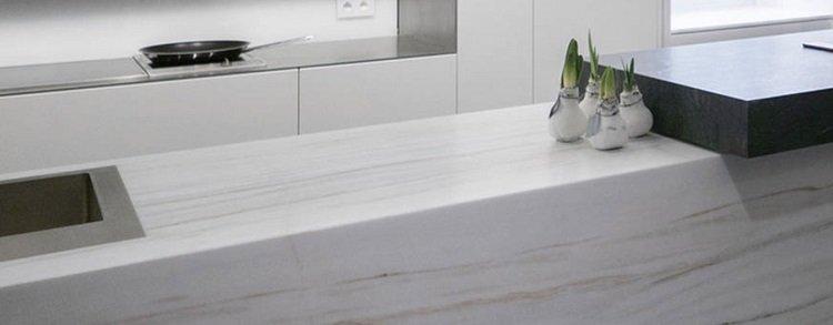 Marmo Antolini, la soluzione ideale per una cucina dal gusto minimal