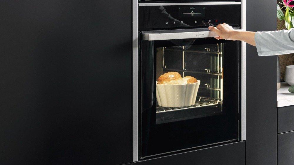 Forni NEFF: creatività in cucina con la magia del vapore
