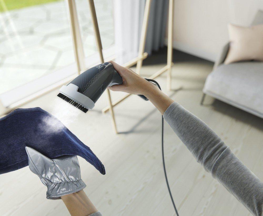 Electrolux stiratore verticale Refine 600_jeans