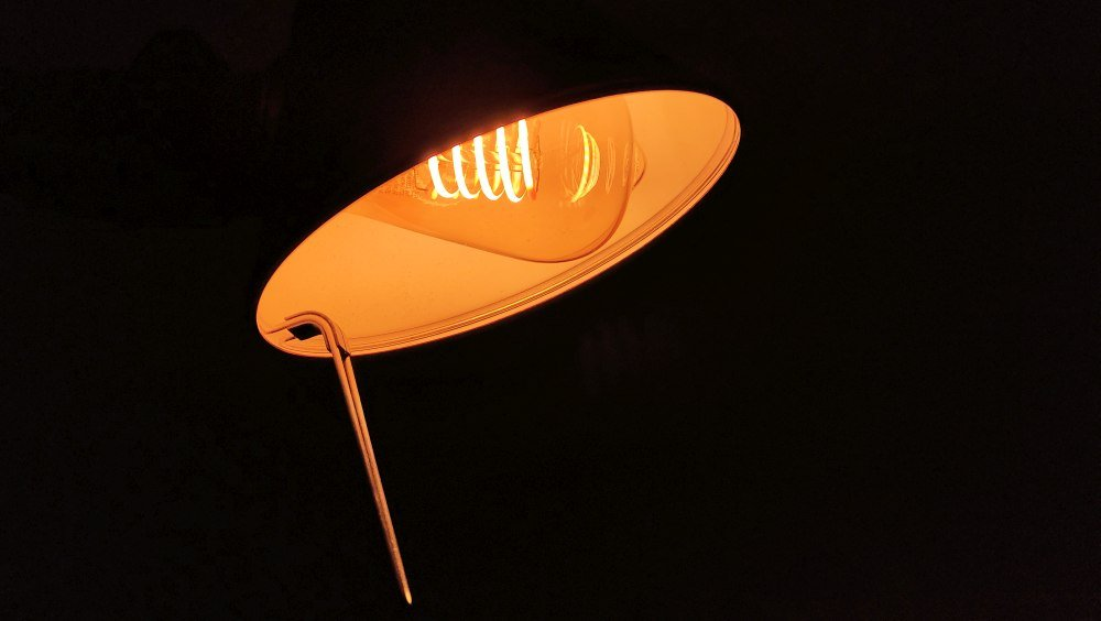 Hue Filament e luce ambrata