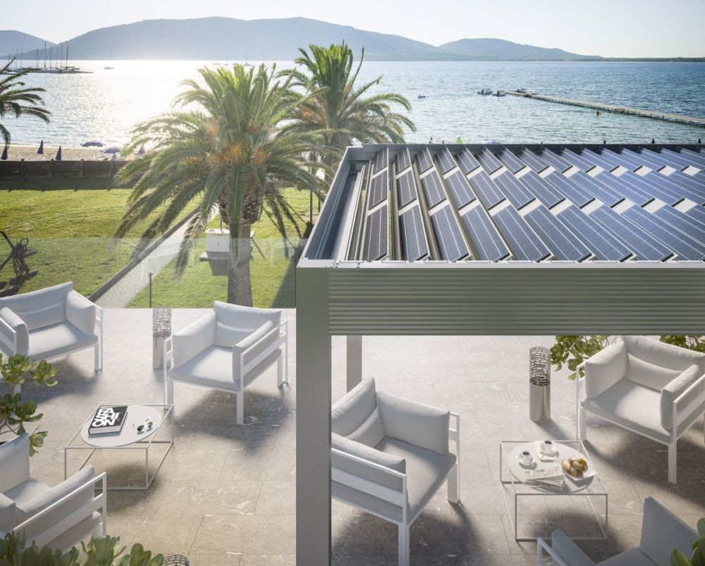 Pergola bioclimatica fotovoltaica e-twist Gibus