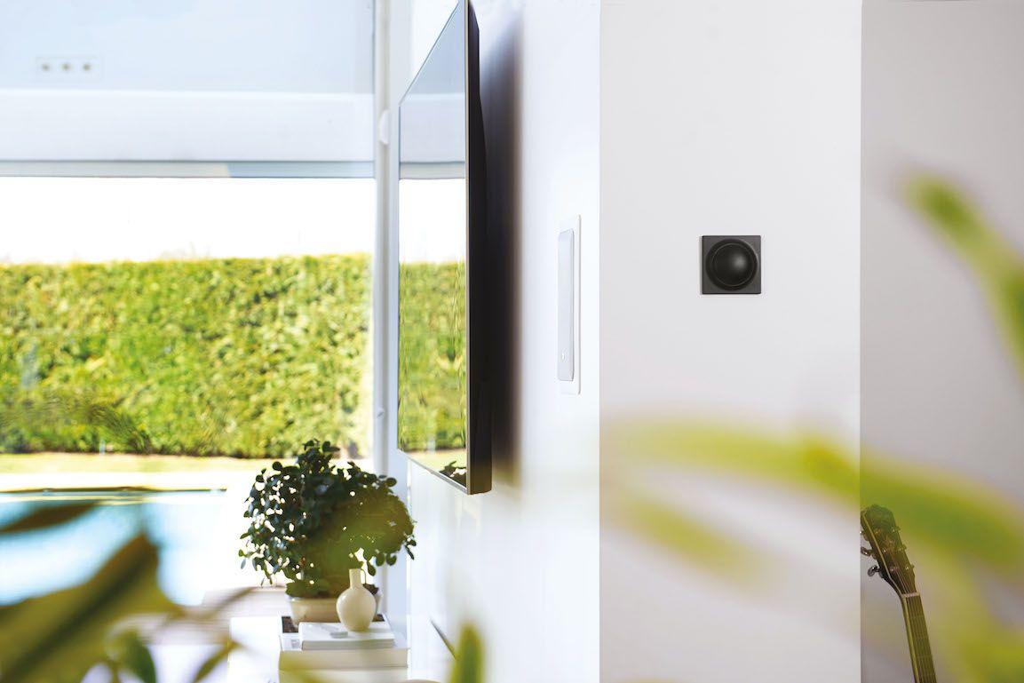 Nice propone Yubii Home, un hub che si occupa del comfort e della sicurezza di tutta la casa