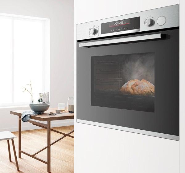 Bosch Serie 6 forno con impulsi a vapore
