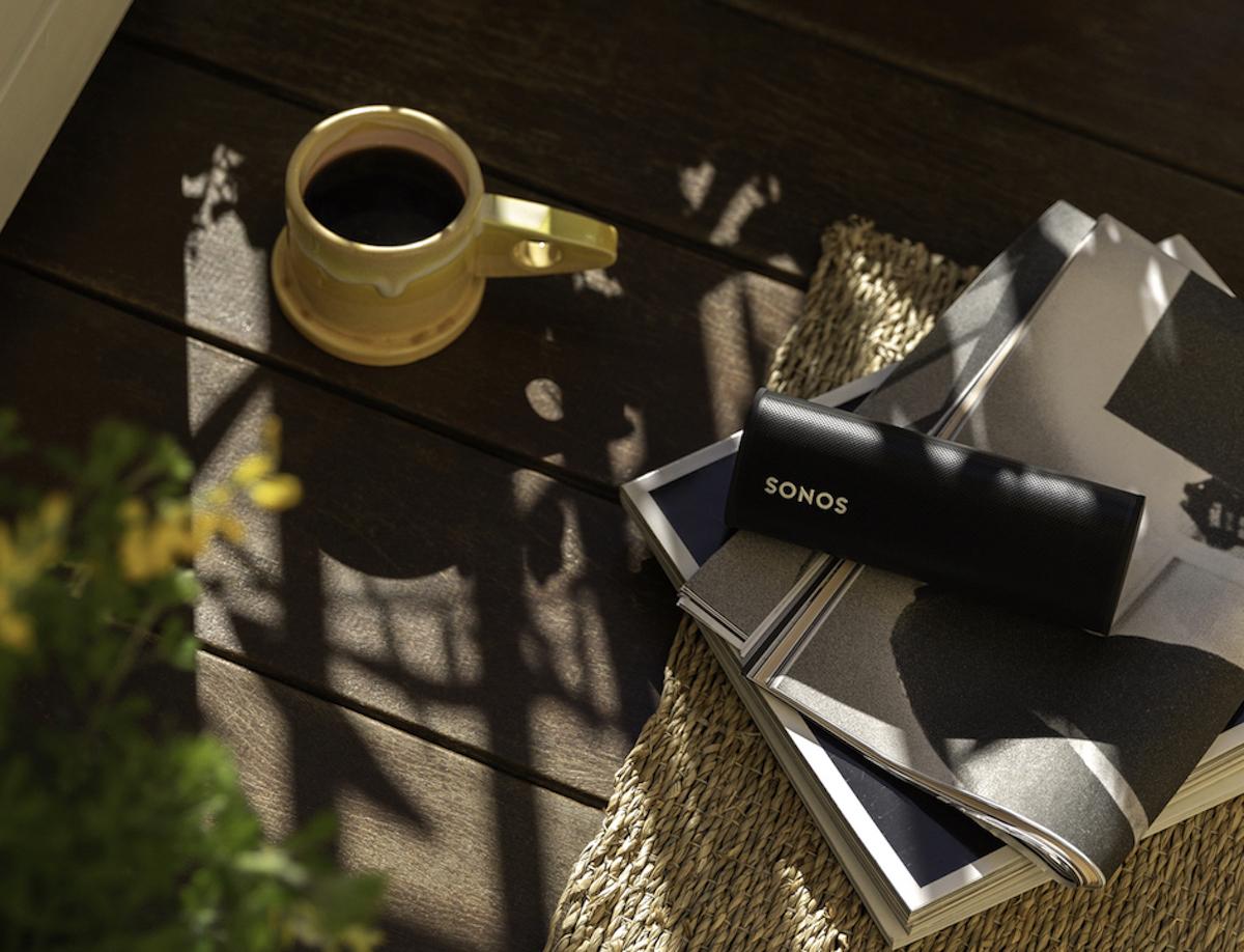 Smart speaker portatile e leggero Sonos Roam