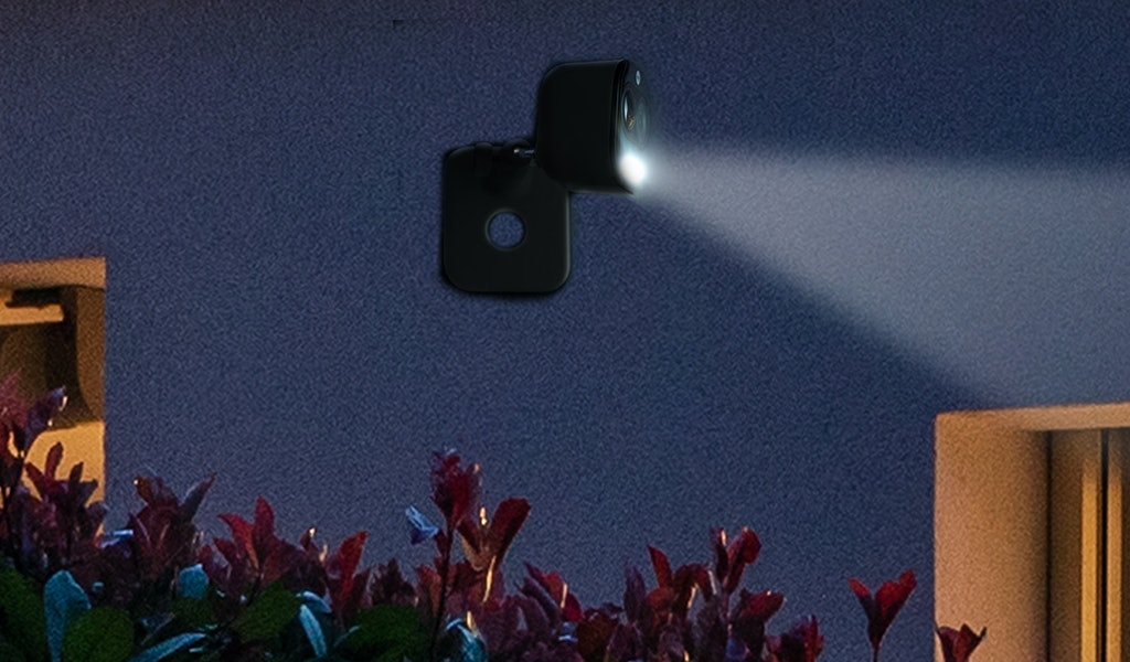 Le telecamere Wi-Fi di Yale consentono di tenere sotto controllo la casa
