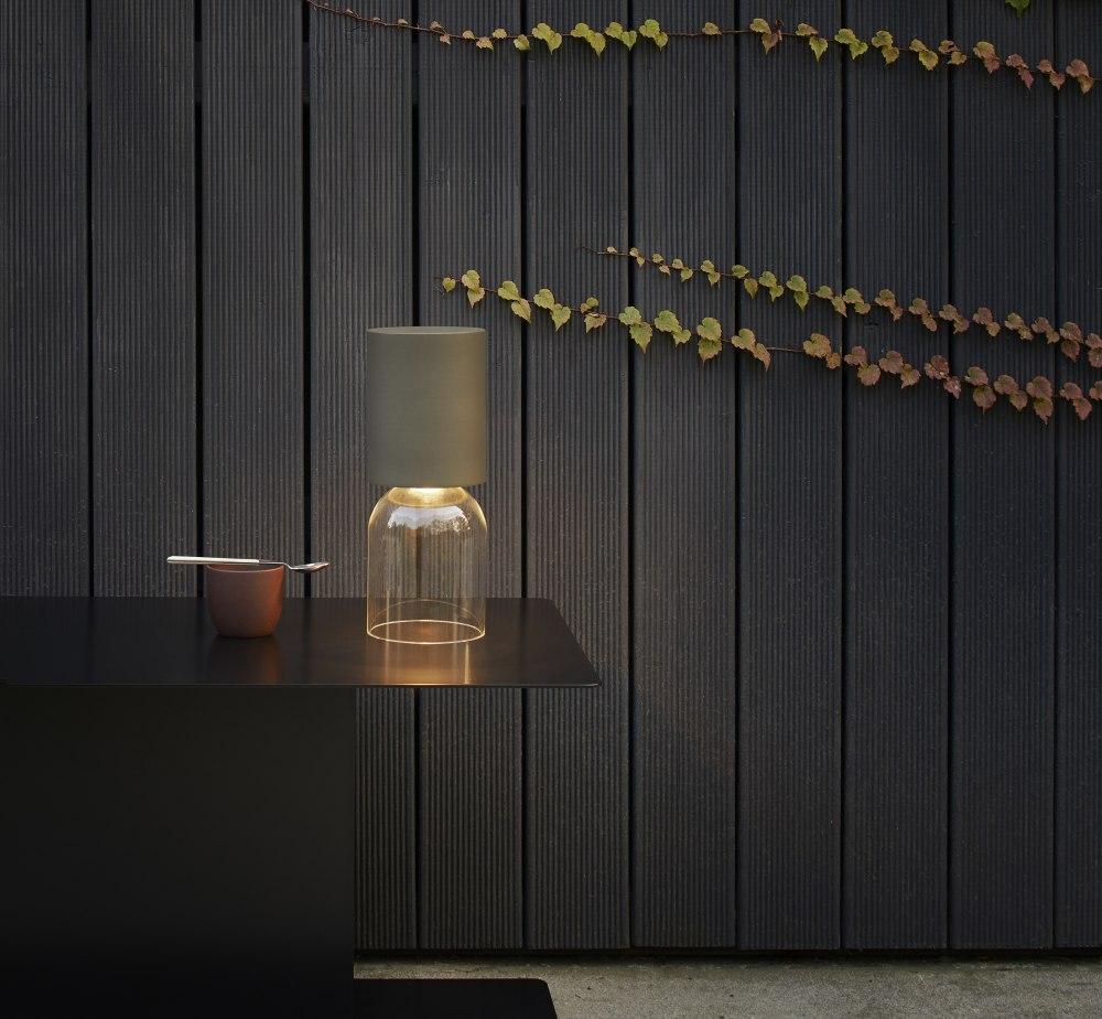 Lampade portatili ricaricabili per l'outdoor NUI min Luceplan