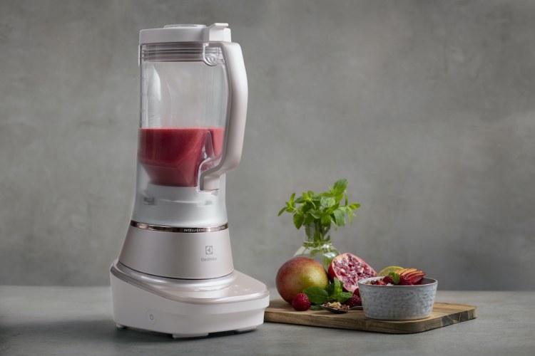 Precisione e potenza in cucina con il frullatore Explore 7