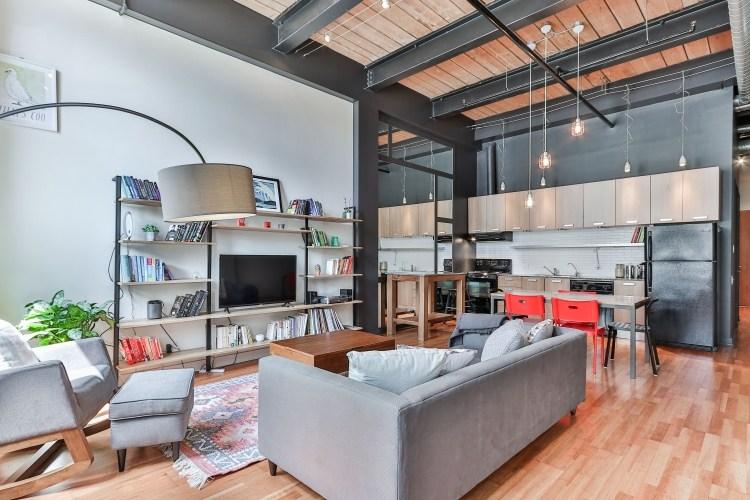 casa moderna con spazi multifunzionali